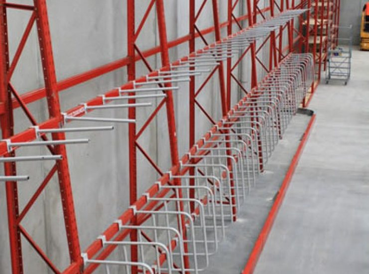 empty red colour verticle goods shelf