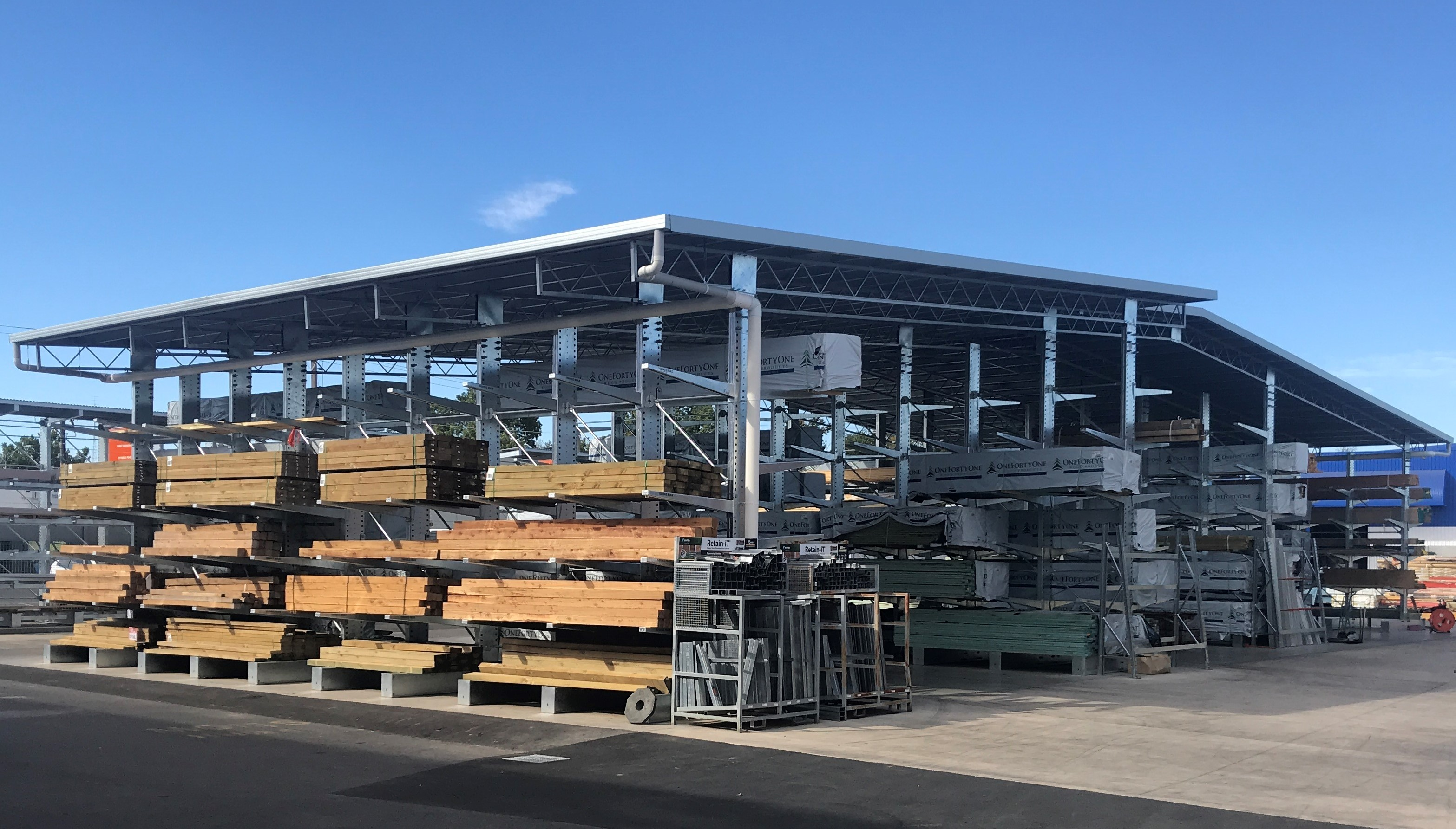 Cantilever Racking storing irregular, awkward and long bulk items such as timber
